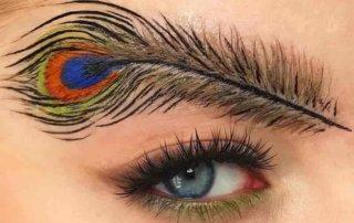 Тренд брови-перья